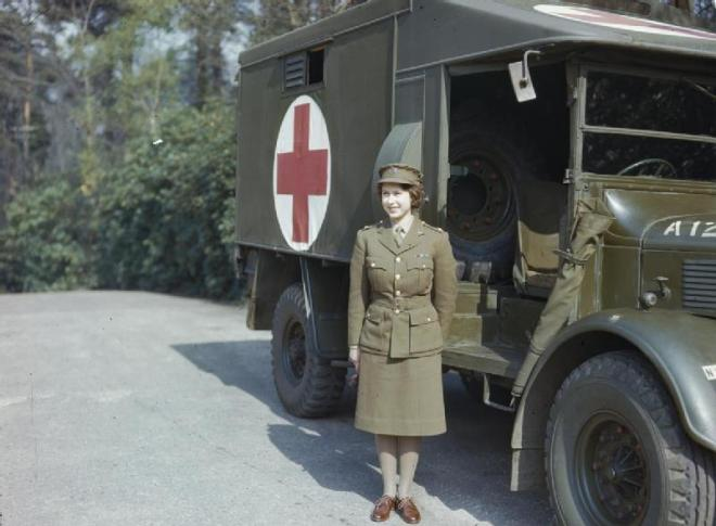 Hrh_Princess_Elizabeth_in_the_Auxiliary_Territorial_Service,_April_1945_TR2832